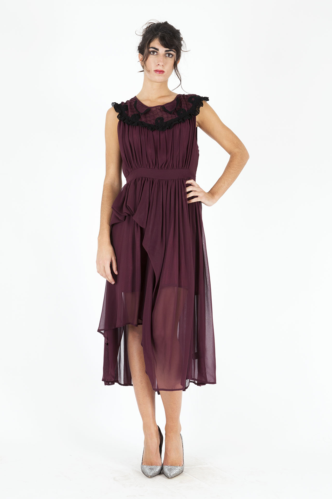 innovative design 5bc61 ceba7 Abito bordeaux Dolores Hitched - DressYouCan